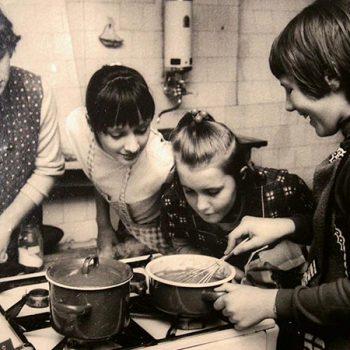 Kochkurse für Mädchen, Lehrküche im Löhehaus